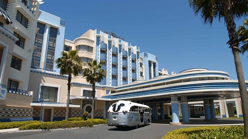 โรงแรม Disney Ambassador Hotel