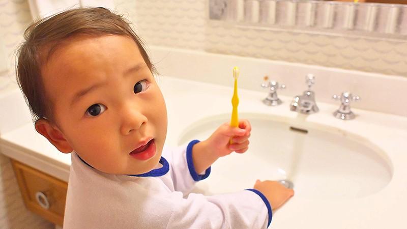 洗面台にはお子様用の踏み台のイメージ