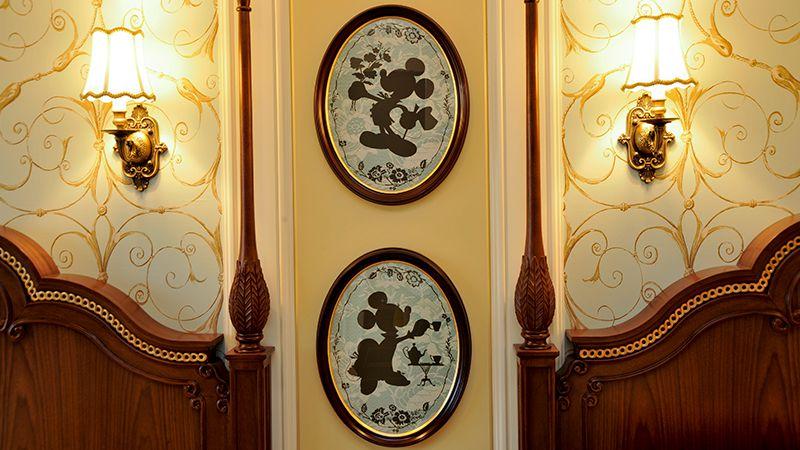 Tokyo Disneyland Hotel (example)