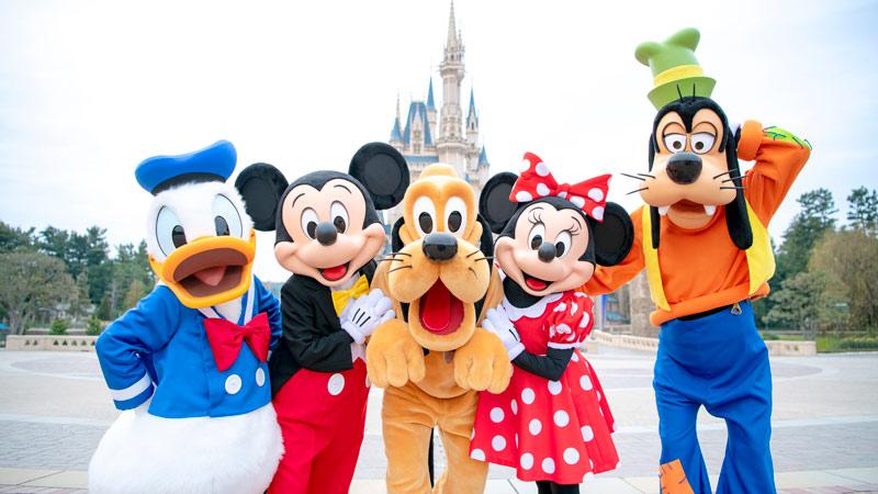 Enjoy Tokyo Disneyland and Tokyo DisneySea for 3 days