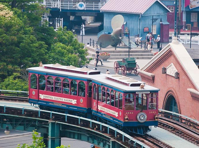 Convenient transportation on a rainy day DisneySea Electric Railway
